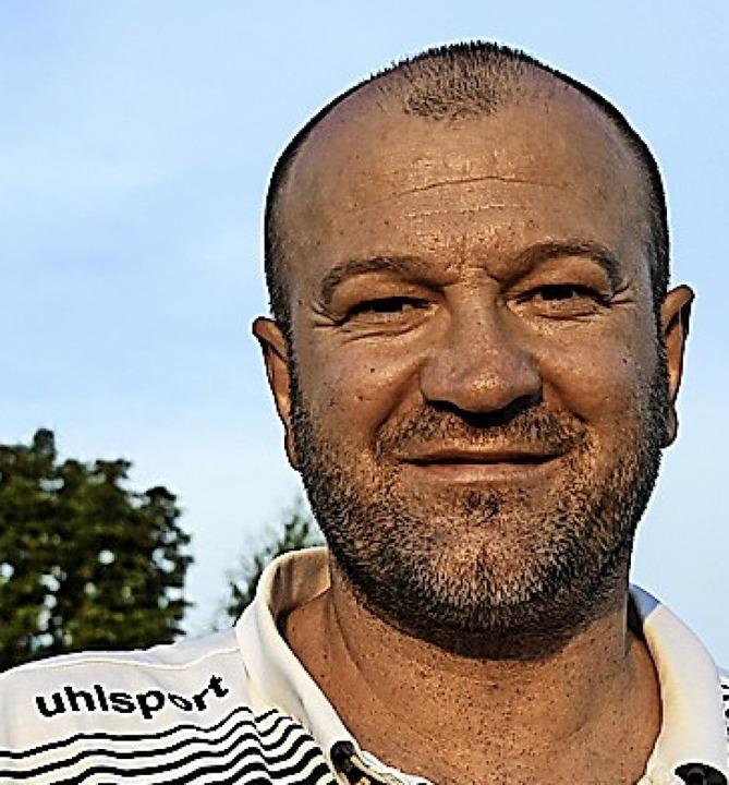 In der Oberliga ist der FC Villingen s...gt, Trainer Jago Maric freut's.     Foto: Patrick Seeger