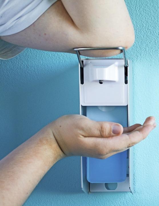 Wirksame Infektionsprävention in Kliniken: die Händehygiene  | Foto: Kunstzeug - stock.adobe.com