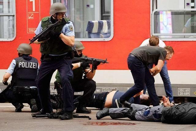 Polizei und Bundeswehr simulieren Terrorfall in Konstanz