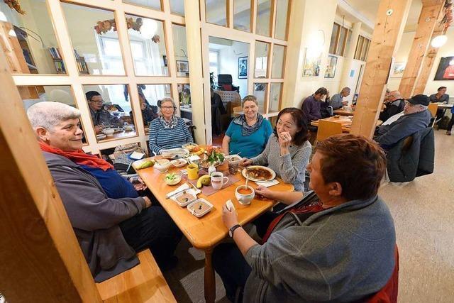 Stadt Freiburg spricht Bestandsgarantie für den Essenstreff aus