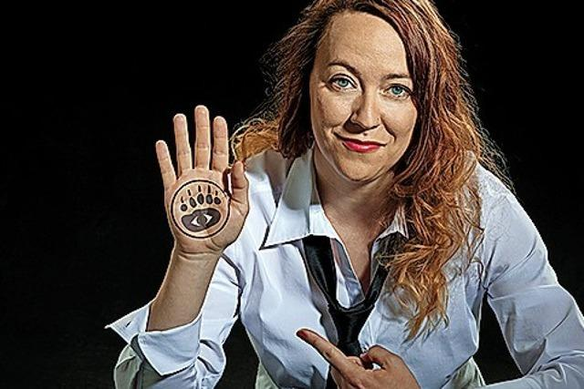 Schweizer Kabarettistin Lisa Catena mit