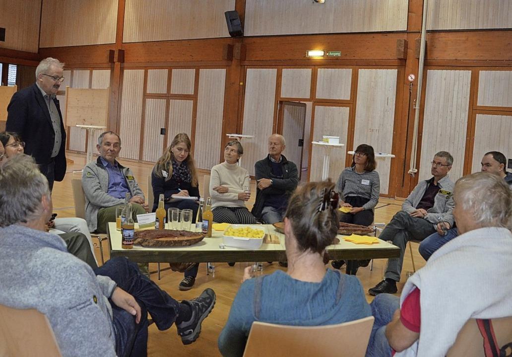 Gering war das Interesse an die Bürger...die anstehenden Themen zu besprechen.     Foto: Christiane Sahli