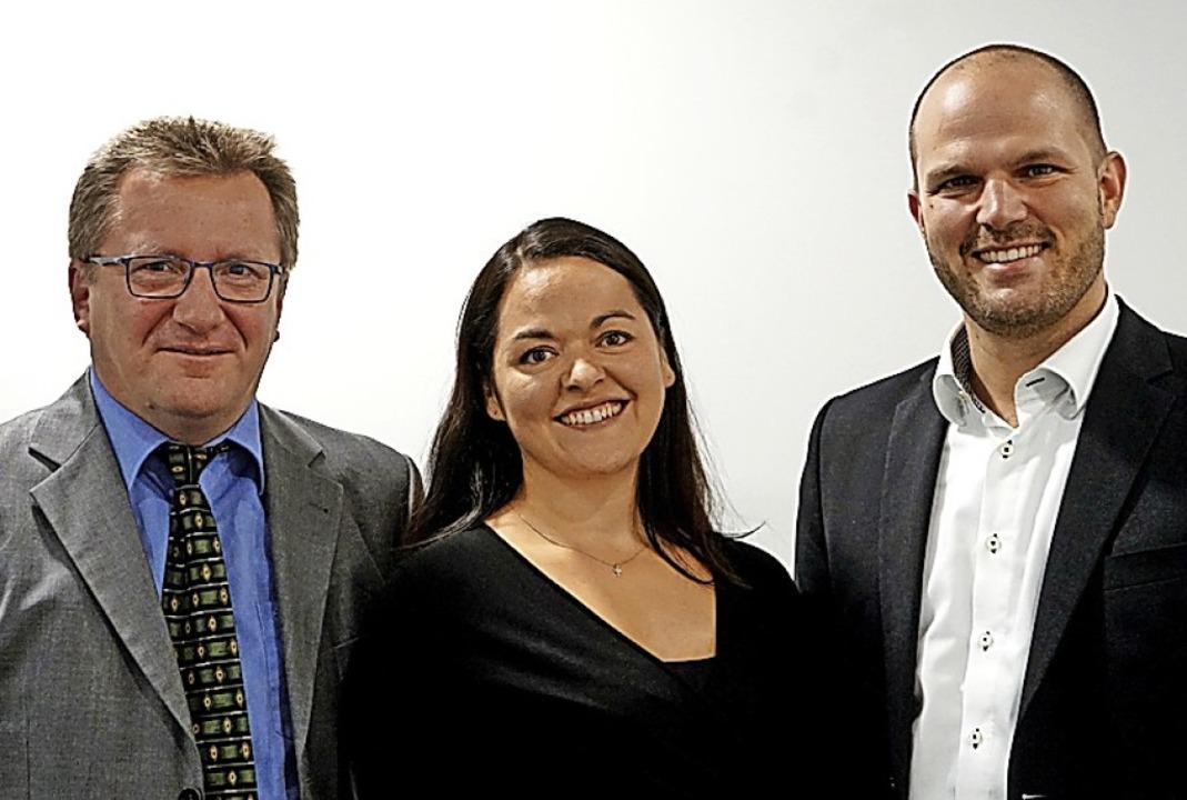 Die neuen Dezernatsleiter Michael Dorn...mit Oberbürgermeister  Roman Götzmann.  | Foto: Mitarbeiter der Stadt Waldkirch