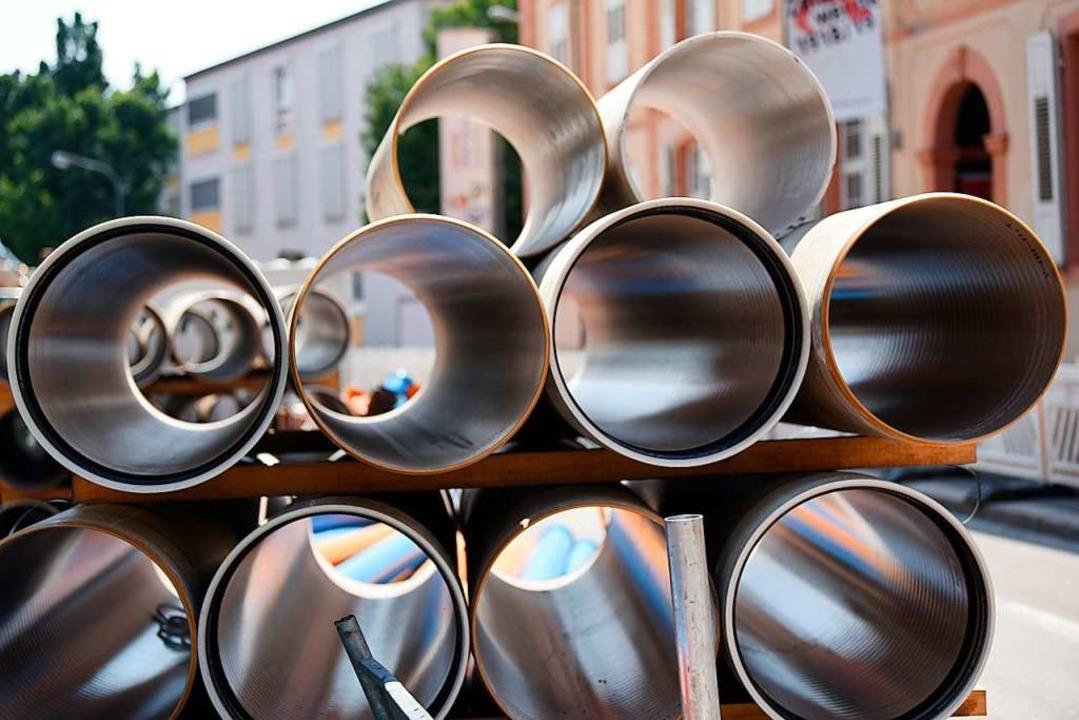 Rohre für die Kanalsanierung in der Basler Straße    Foto: Jonas Hirt