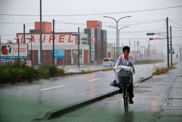 Japan im Auge eines heftigen Taifuns – mindestens ein Toter