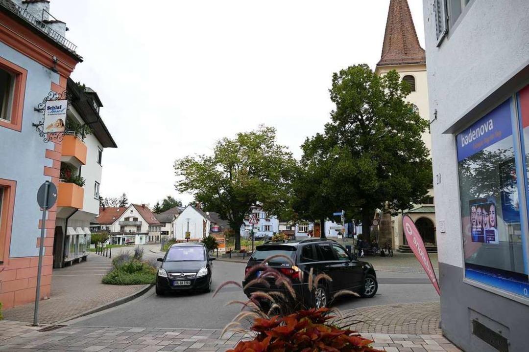 Wie steht es um Sicherheit und Sauberkeit zwischen Kirche und Rathaus?  | Foto: Frank Schoch