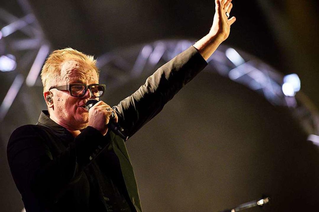 Ein Mann von Format: Herbert Grönemeyer beim Konzert in Basel  | Foto: Dominik Plüss