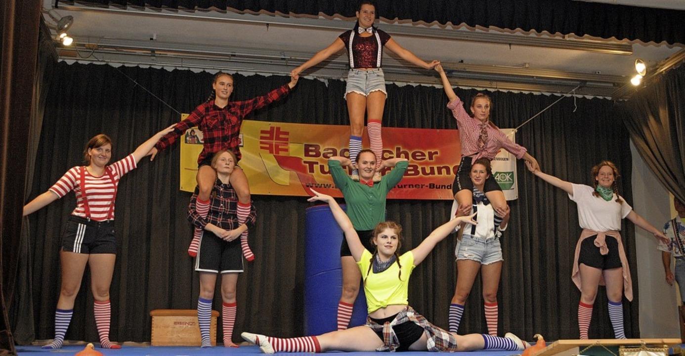 Die Leistungsturnerinnen des TSV Kandern  begeisterten mit einer rasanten Show.  | Foto: Regine Ounas-Kräusel