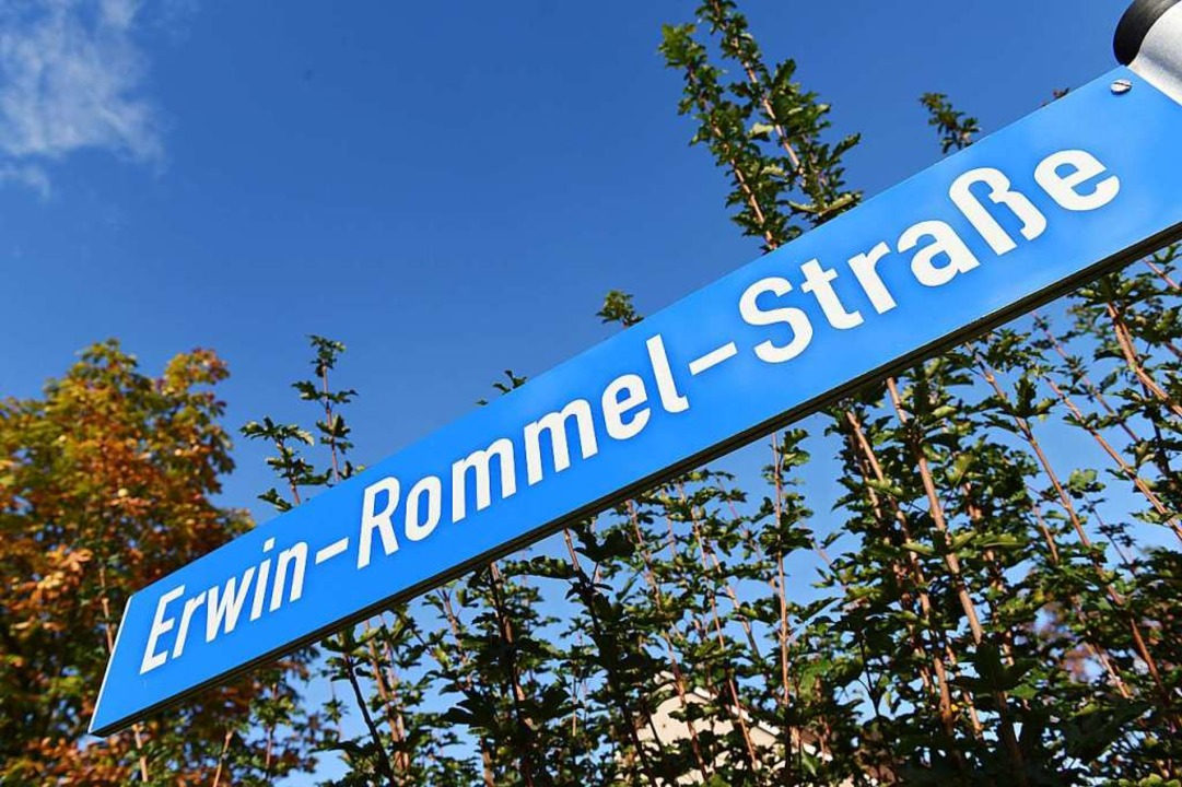 Die Erwin-Rommel-Straße in Aalen soll umbenannt werden.  | Foto: Stefan Puchner (dpa)