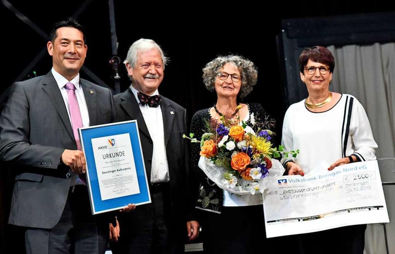 Die neunte Denzlinger Kulturpreisträge... Stifterin Regula Schölly (von links).  | Foto: Markus Zimmermann