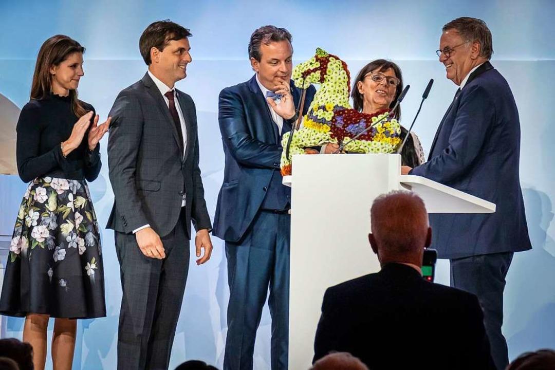 Roland Mack (rechts) hatte für  seine ...inks) Ann-Kathrin, Thomas und Michael.  | Foto: Bernhard Rein