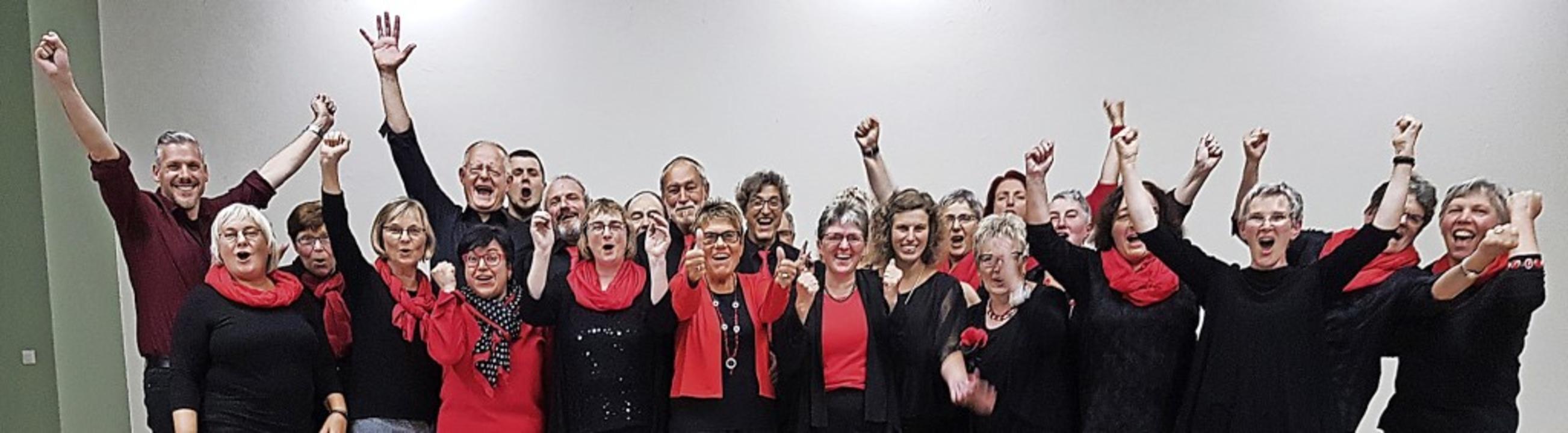 Der Jubel des Amolterer Chors war groß...m Erfolg beim Kompositionswettbewerb.   | Foto: privat