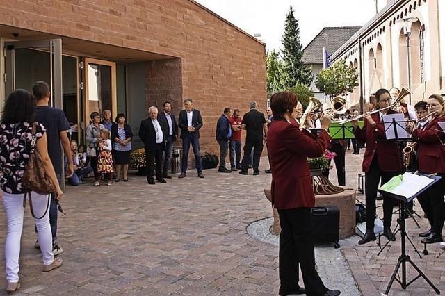 Neues Gemeindezentrum findet Bewunderung