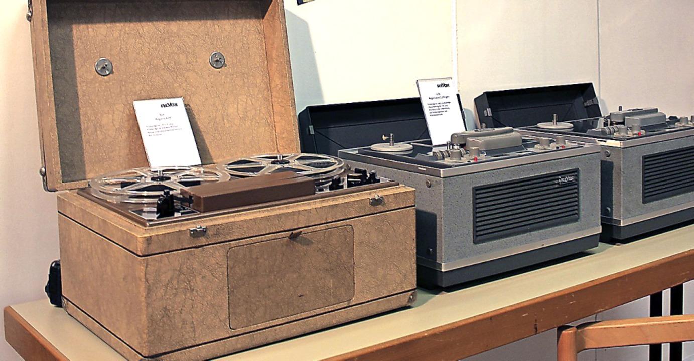 Mit diesen Geräten begann die Geschich...ößter Arbeitgeber in Löffingen waren.   | Foto: Christa Maier