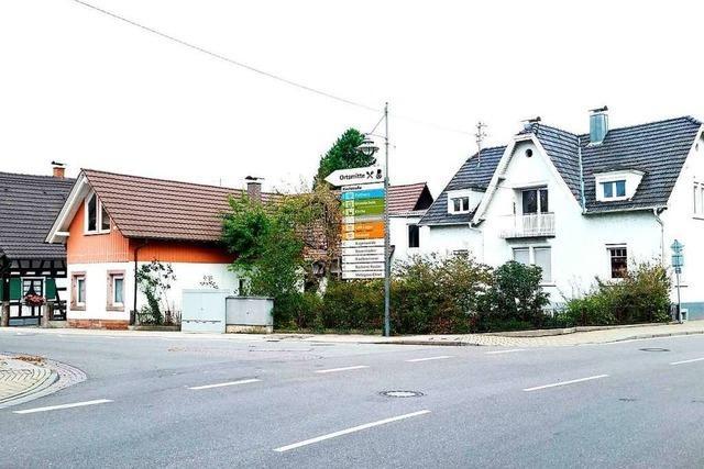 Die Gemeinde will den Schilderwald lichten