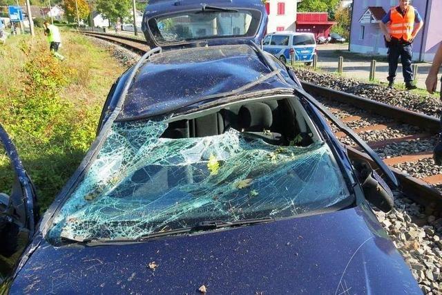 Bahnlinie nach Unfall blockiert
