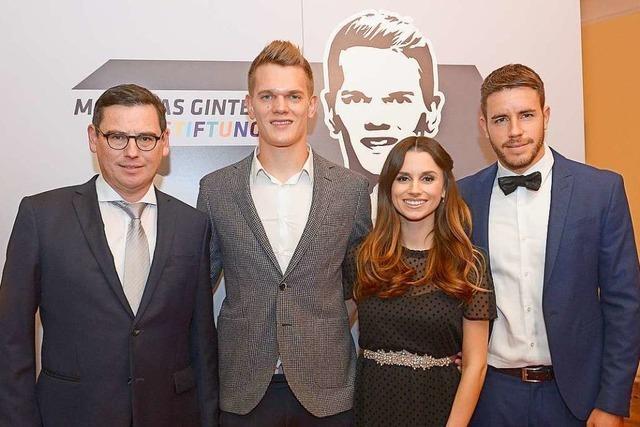 Auch Jogi Löw kam zur Spendengala der Matthias-Ginter-Stiftung