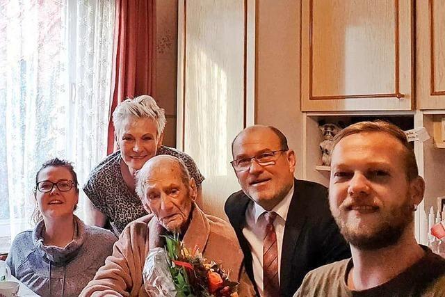 Wohl ältester Deutscher feiert 114. Geburtstag - mit Buttercremetorte