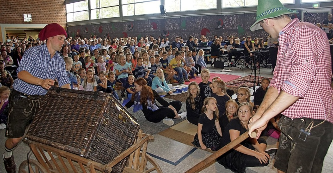 Die bekannte Räubergeschichte, mit Mus...l am Sonntag in die Rheinwaldhalle.       Foto: Ilona Huege