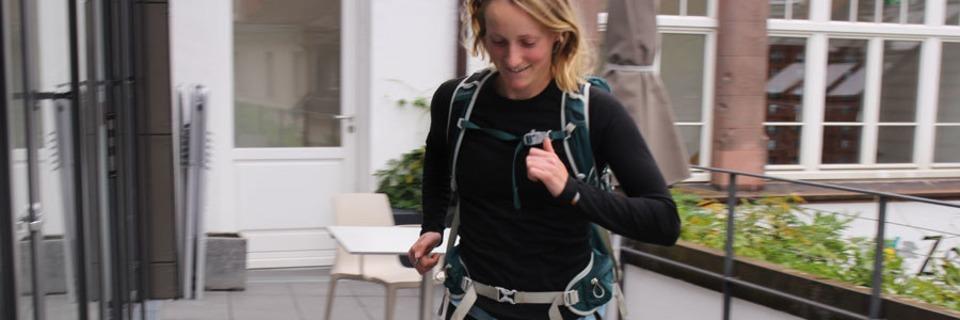 Rosie Watson joggt für den Klimaschutz um die Welt - auch durch Freiburg