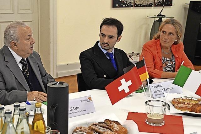 Der italienische Konsul zu Besuch im Haus Salmegg