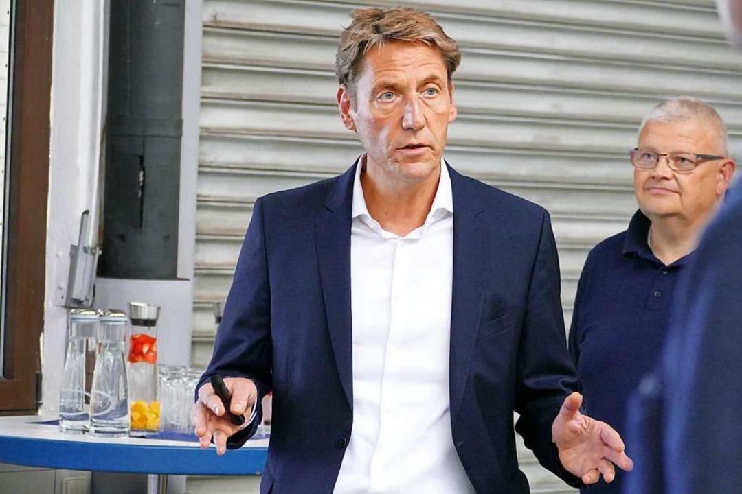 Der neue Grohe-Chef Thomas Fuhr und de...rksleiter Hans-Martin Souchon (rechts)  | Foto: Mark Alexander