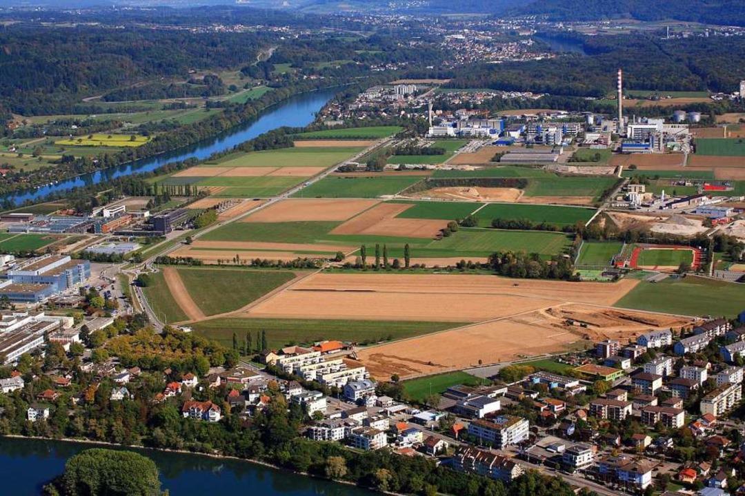 Das Sisslerfeld in der grenznahen Schw...ern auch für die Wohnbebauung in Murg.  | Foto: Erich Meyer