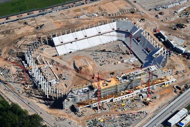 Neues SC-Stadion an der Freiburger Messe wächst in die Höhe
