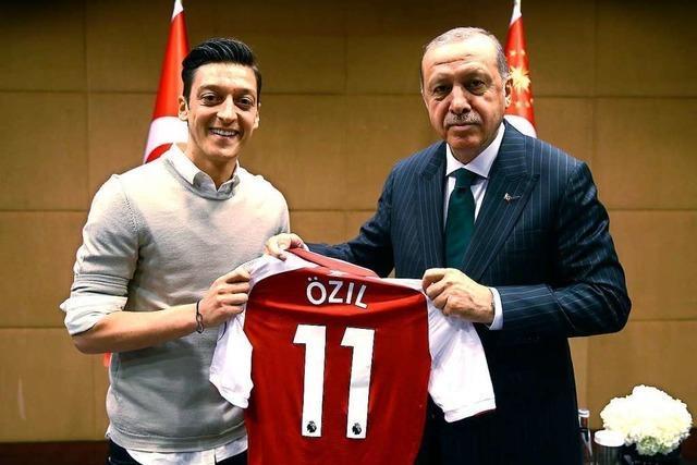 Özil bricht sein Schweigen: