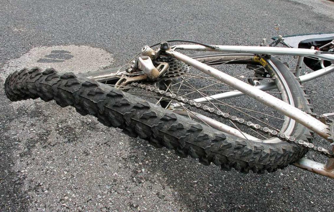 In Lörrach stürzte ein 13-Jähriger mit dem Fahrrad (Symbolbild).  | Foto: Konstanze Gruber - stock.adobe.com