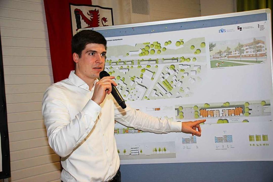 Peter Gresens erklärte die Planung.  | Foto: Mario Schöneberg