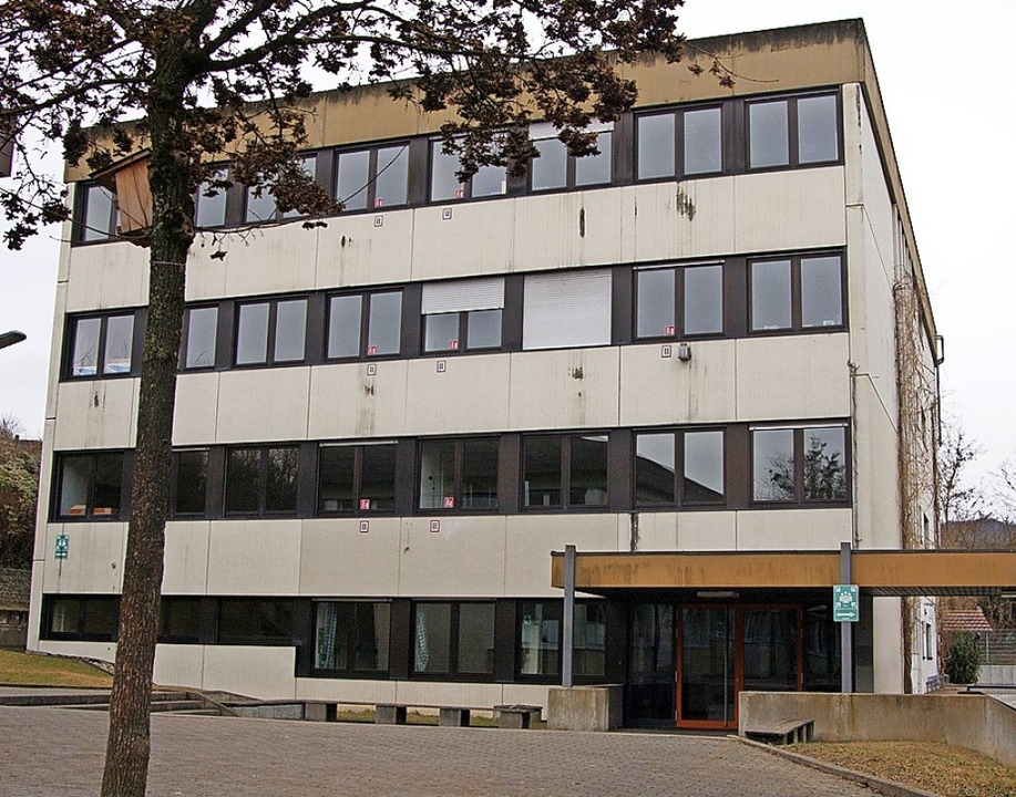Das ehemalige Werkrealschulgebäude  in...d der Stefan Zweig-Realschule genutzt.    Foto: Martin Wendel