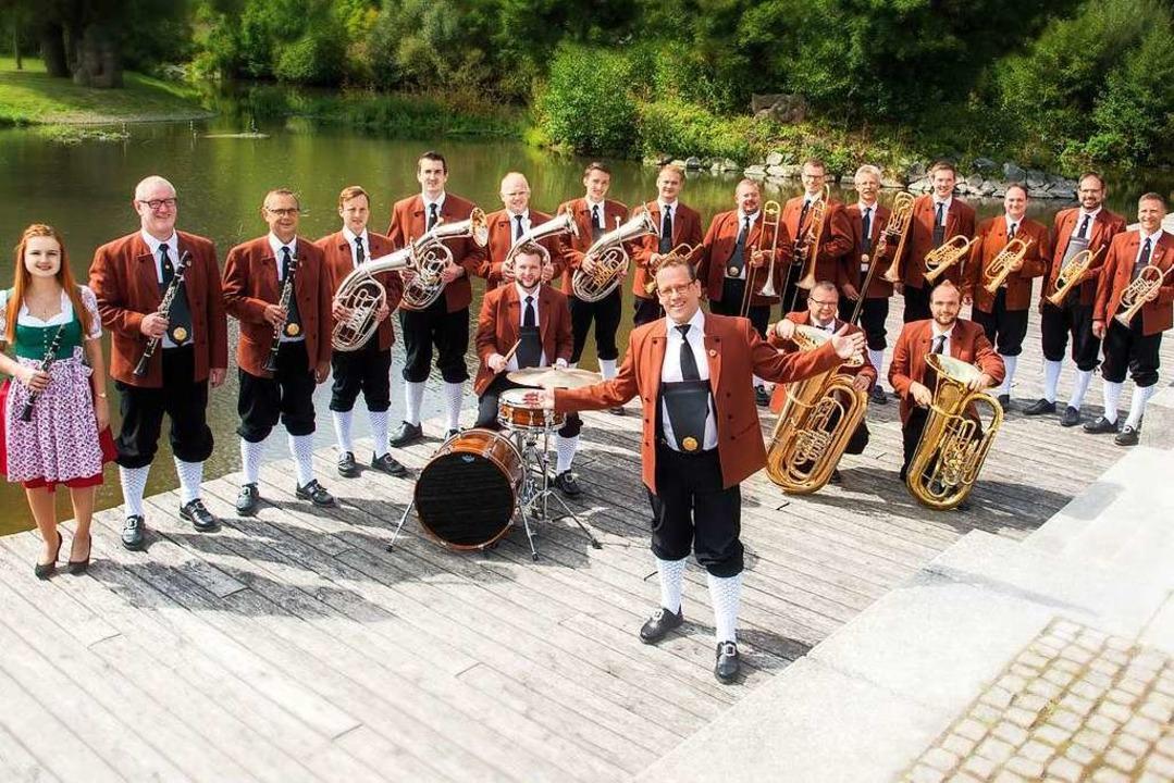 Holger Mück und seine Egerländer Musikanten   | Foto: www.fotothron.de