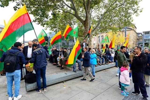 Kurden aus Freiburg beklagen humanitäre Krise in Nordsyrien