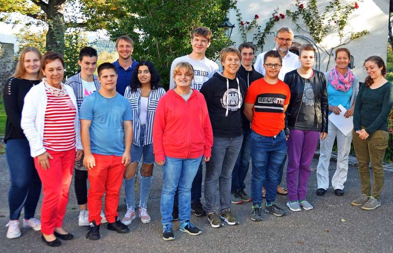 Die neuen Kursteilnehmer an der Akadem... Martin Kotterer (Vierter von rechts).  | Foto: Gerhard Lück
