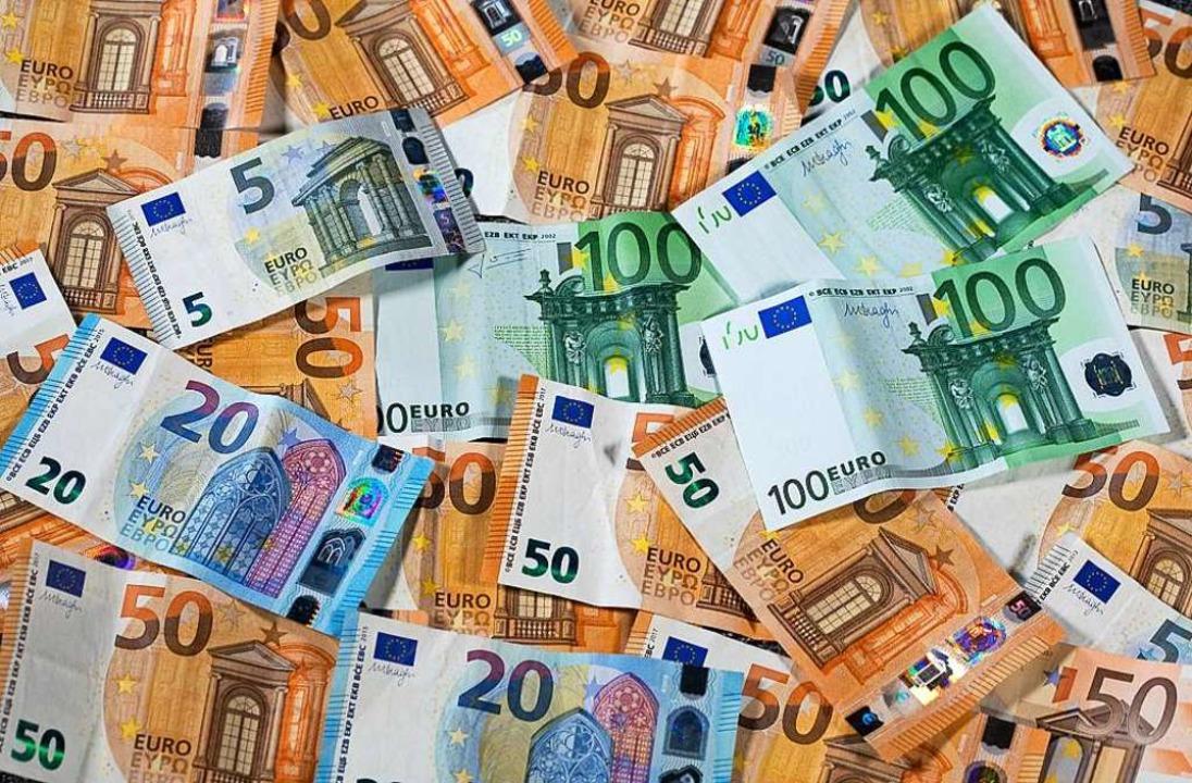 832 Euro beträgt die Pro-Kopf-Verschuldung in Pfaffenweiler.  | Foto: Jens Büttner