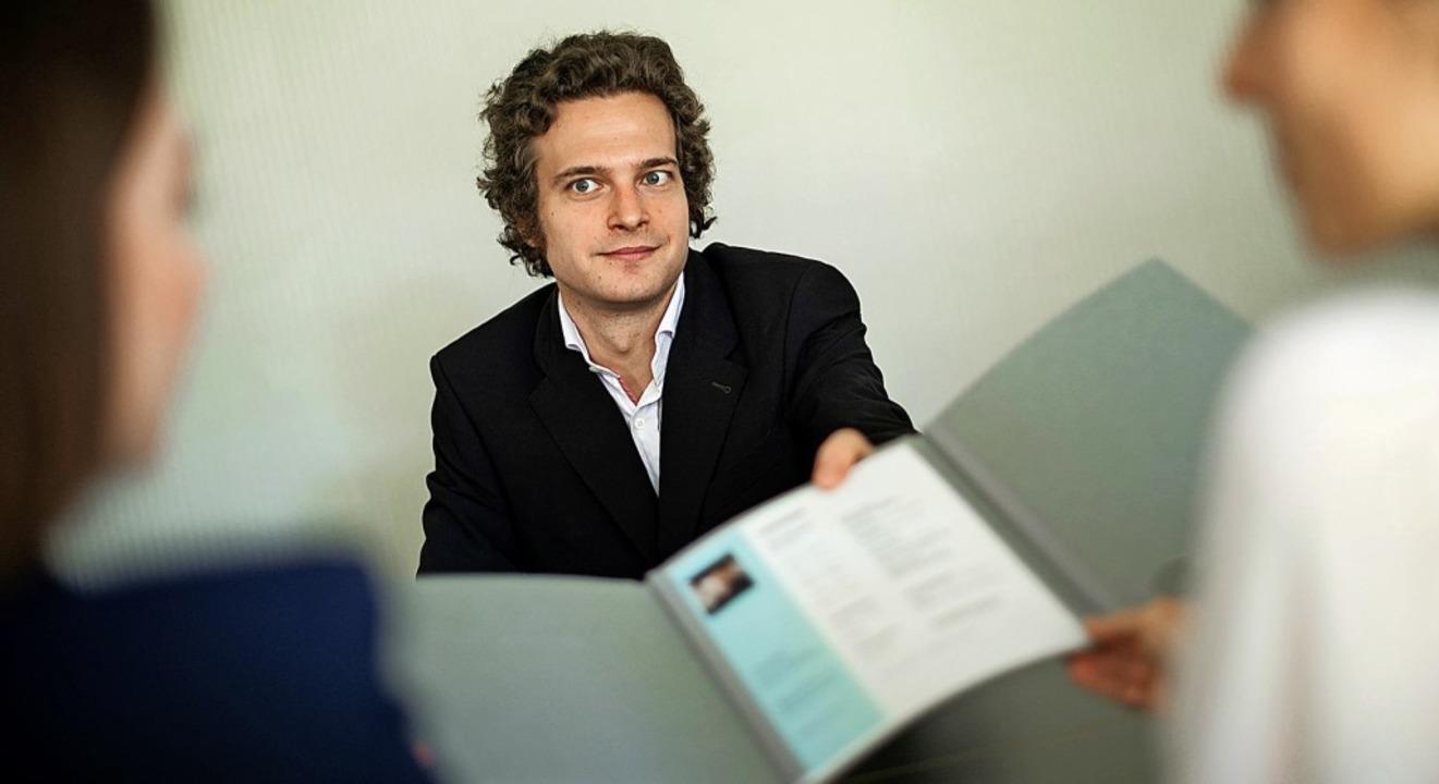 Stehen viele Arbeitgeber im Lebenslauf...ich im Vorstellungsgespräch erklären.   | Foto: Klaus-Dietmar Gabbert (dpa)