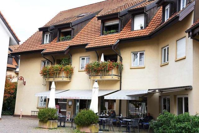 Sparkasse darf ins Café Stortz in Steinen umziehen