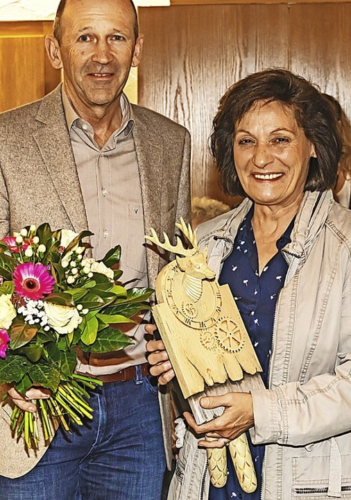 Museumsleiterin Angelika Heller wurde von Christian Behringer verabschiedet.  | Foto: Wilfried Dieckmann