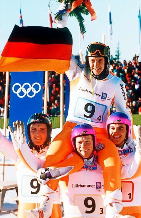 Bei den Olympischen Winterspielen 1994...ach, Duffner wurde in Triberg geboren.  | Foto: - (dpa)