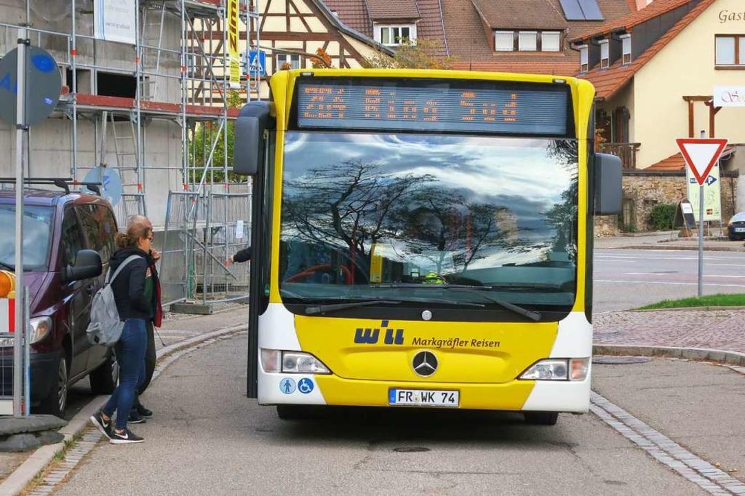 Die Buslinie 264 hält auch an der Halt...im Weingut Blankenhorn in Schliengen.   | Foto: Michael Behrendt
