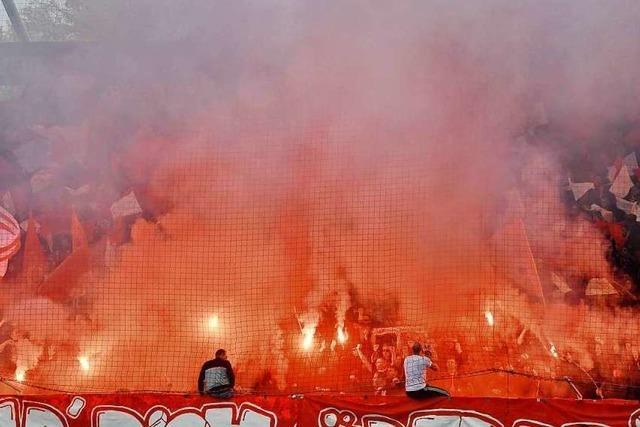 Streich ist zu Recht genervt von den Freiburger Feuerwerk-Fans