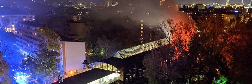 Spielte Pyrotechnik beim Brand im Zug in Berlin eine Rolle?