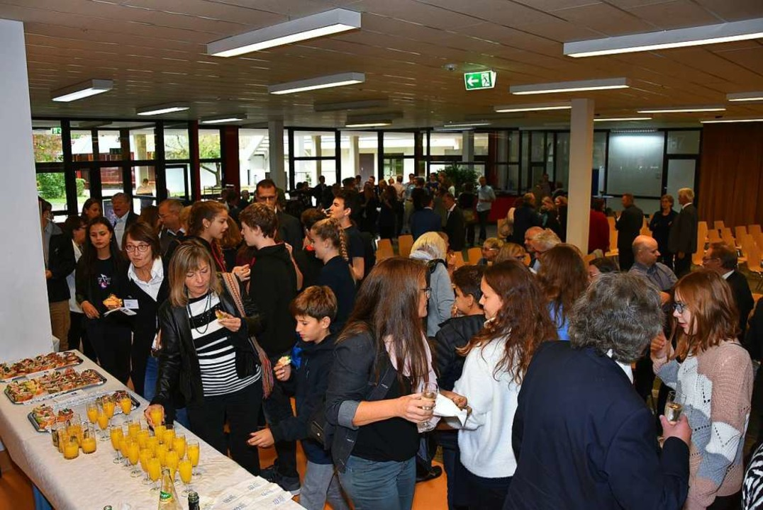 Beim Apéro nach dem offiziellen Festakt  | Foto: Heinz und Monika Vollmar