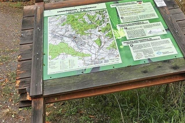 Infotafel für Wanderer zerstört