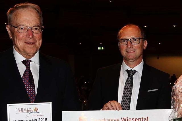 Max Schwörer erhält den Bürgerpreis der Bürgerstiftung Wiesental