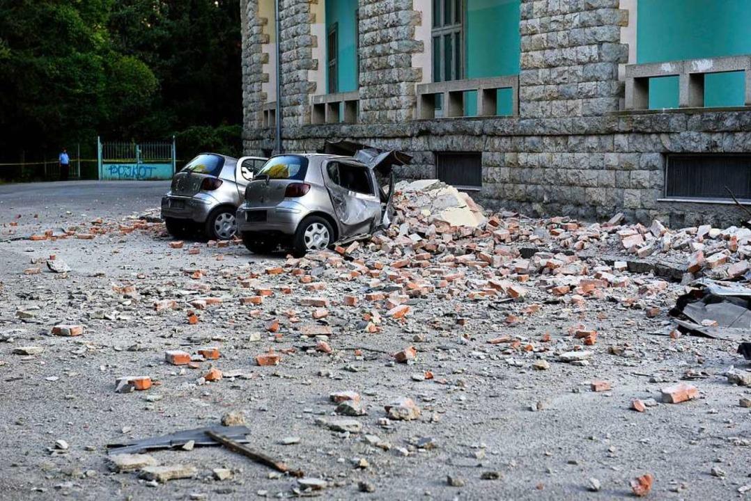 Im Katastrophenfall, etwas bei einem s... Kreisverbindungskommando zum Einsatz.  | Foto: Hektor Pustina (dpa)