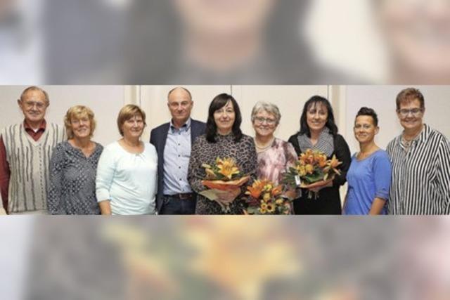 MENSCHEN: Seniorentreff feiert 40-jähriges Bestehen