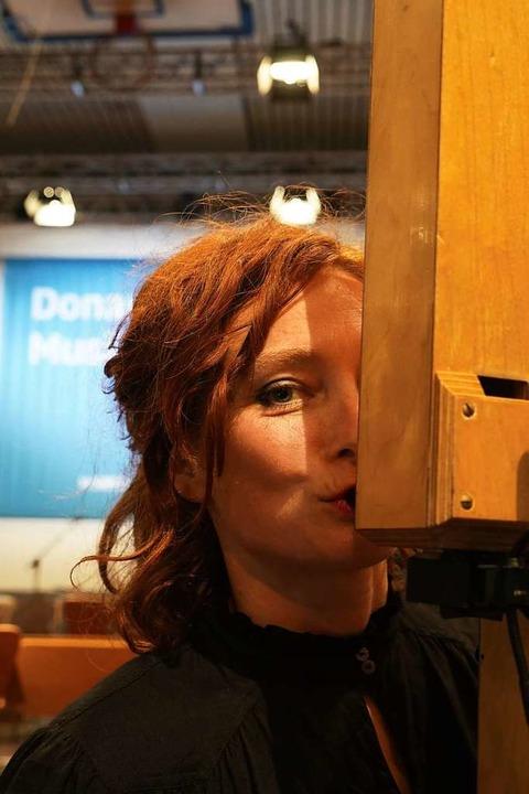Eva Reiter ließ Instrumente aus Baumarktmaterialien bauen.  | Foto: Astrid Karger