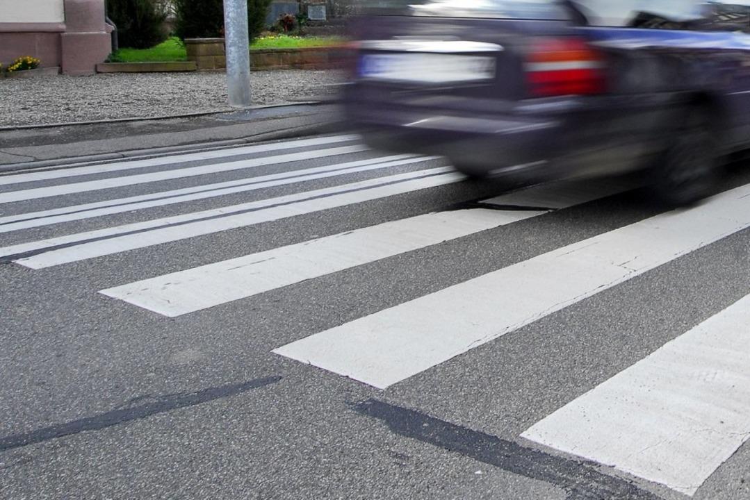 Ausgerechnet auf einem Zebrastreifen i...einem Fußgänger gekommen (Symbolfoto).  | Foto: Michael Bamberger